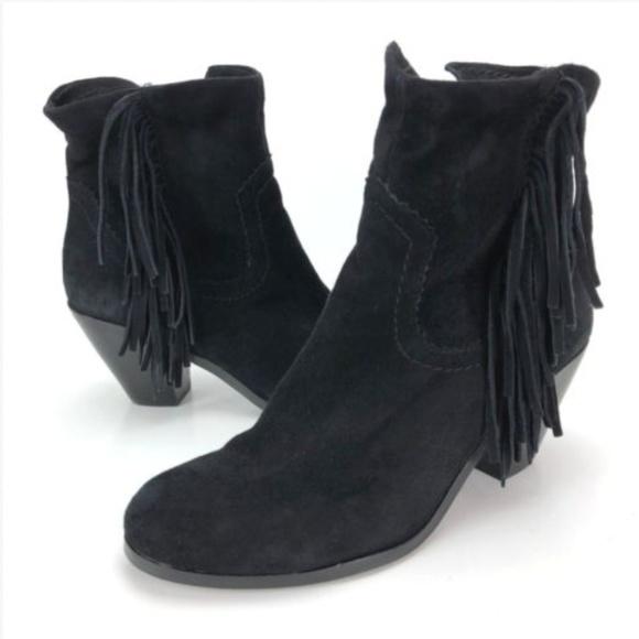 c71bbd956 Sam Edelman Louie Black Suede Fringe Ankle Boots. M 5b114401c89e1d00cae71f5b